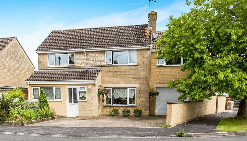 3 Bedrooms Detached House for sale in Courtbrook, Fairford
