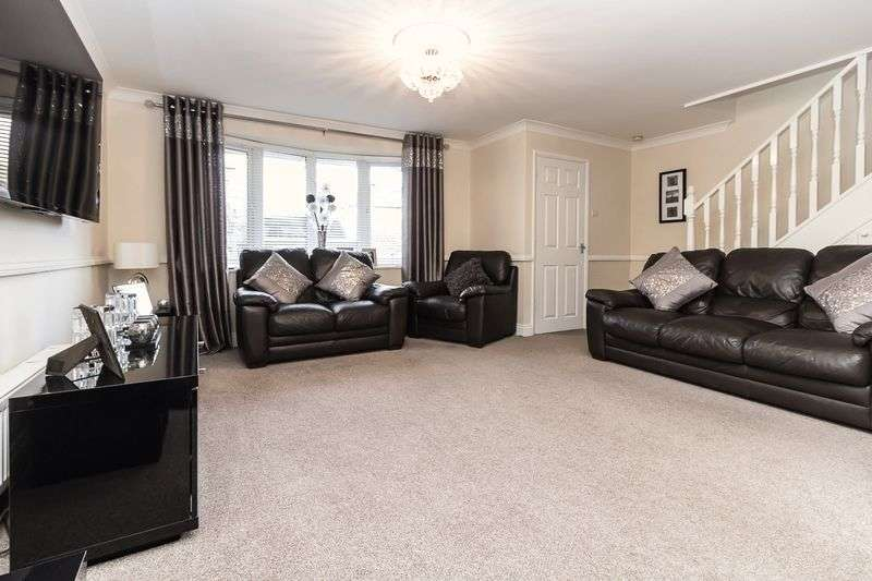 3 Bedrooms Semi Detached House for sale in Scrapsgate Road, Minster on Sea