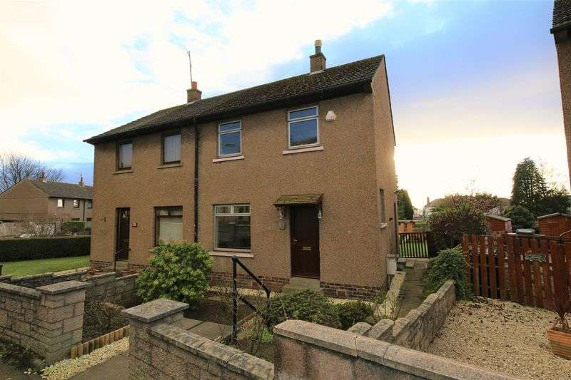 2 Bedrooms Semi Detached House for sale in Huntly Road, Dundee