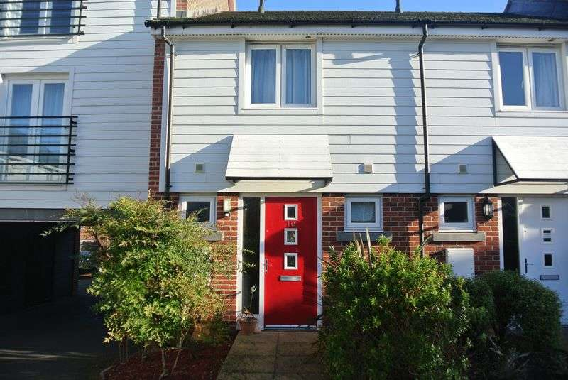 2 Bedrooms Terraced House for sale in Englefield Way, Marnel Park