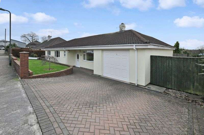 4 Bedrooms Detached Bungalow for sale in Brunel Avenue, Torquay