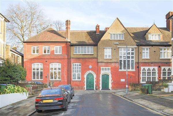 2 Bedrooms Apartment Flat for sale in Bennett Park, The Art Club, London