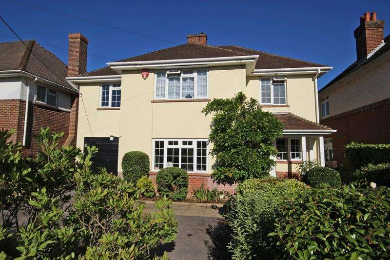 4 Bedrooms Detached House for sale in Barton Court Avenue, New Milton