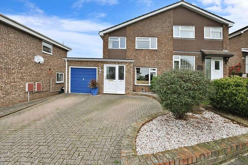 3 Bedrooms Semi Detached House for sale in Calvados Park, Kingsteignton