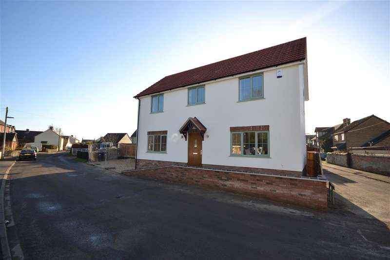 4 Bedrooms Detached House for sale in East Road, Isleham