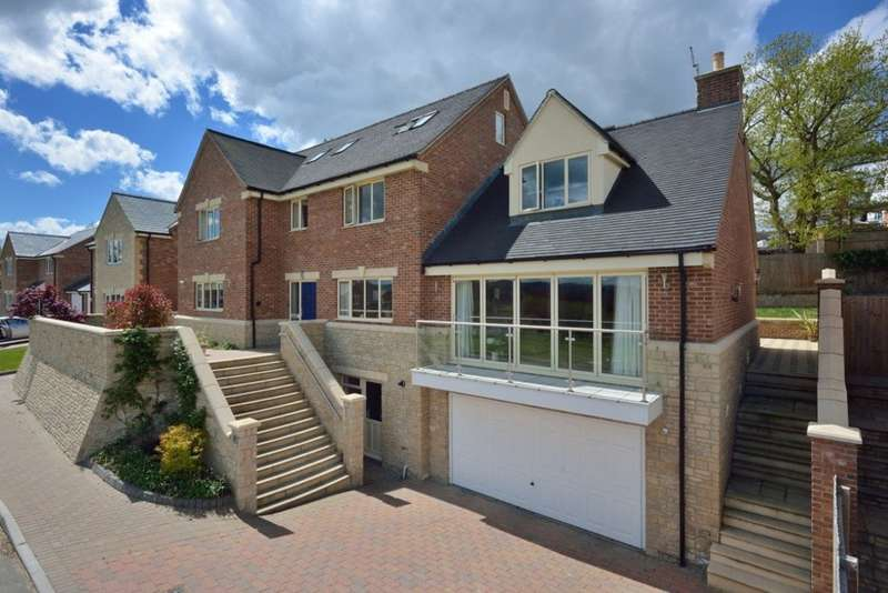 5 Bedrooms Detached House for sale in Greenavon Close, Evesham