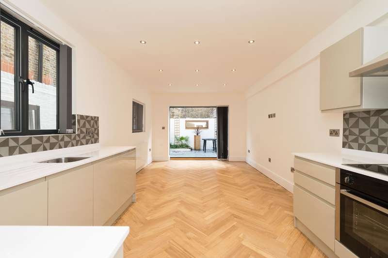 5 Bedrooms House for sale in Lithos Road, West Hampstead