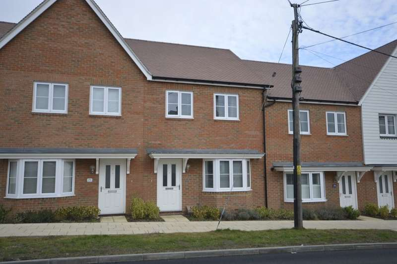 3 Bedrooms Property for sale in Bells Lane, Hoo, Rochester, ME3