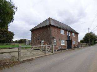 3 Bedrooms Semi Detached House for sale in The Old Barn, Sole Street, Crundale, Canterbury
