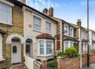 3 Bedrooms Terraced House for sale in Frant Road, Thornton Heath