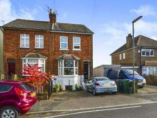 1 Bedroom Maisonette Flat for sale in Earlsbrook Road, Redhill, Surrey