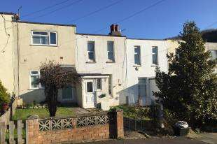 2 Bedrooms Terraced House for sale in Lewis Close, Newhaven, East Sussex