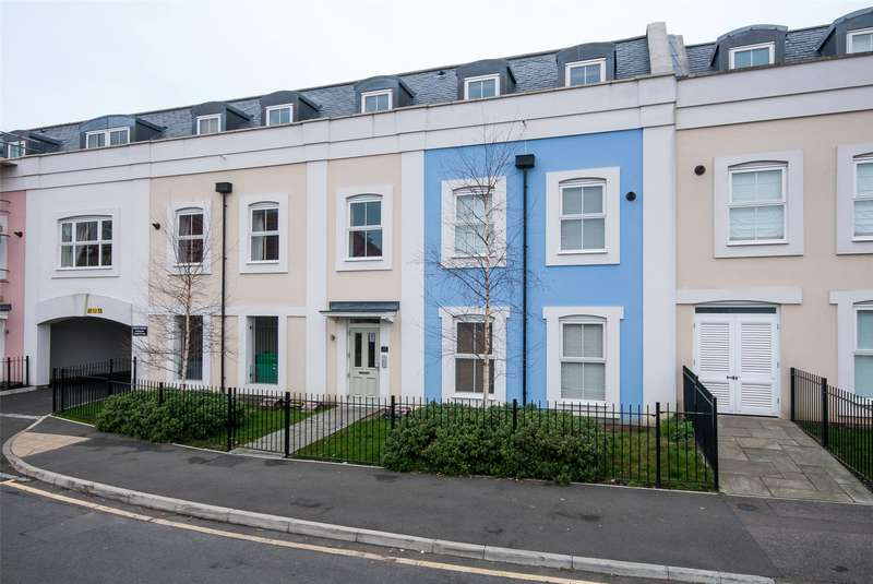 2 Bedrooms Flat for sale in Stockton House, 21 Warren Road, Reigate, Surrey, RH2