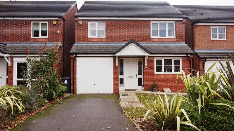 4 Bedrooms Detached House for sale in Kings Park West, Birmingham