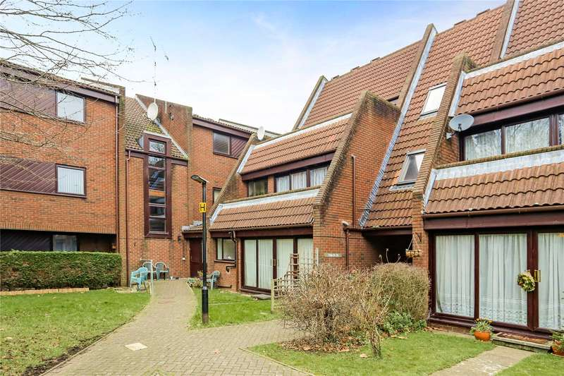 2 Bedrooms Flat for sale in Bailey Close, Maidenhead, Berkshire, SL6