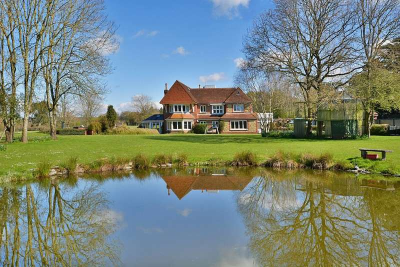 7 Bedrooms Detached House for sale in Southbrook Road, West Ashling, Chichester, PO18 8DN