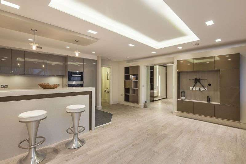 1 Bedroom Flat for sale in Park Road, St Johns Wood, London, NW8