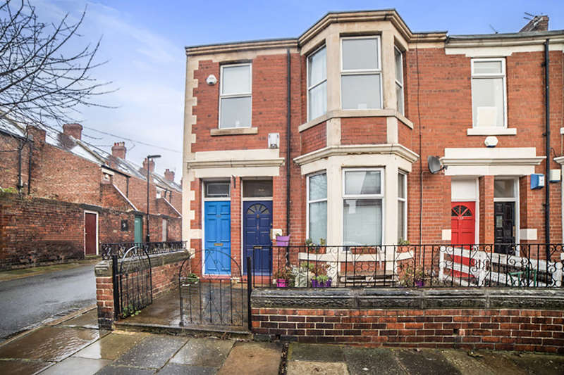 2 Bedrooms Flat for sale in Tosson Terrace, Newcastle Upon Tyne, NE6