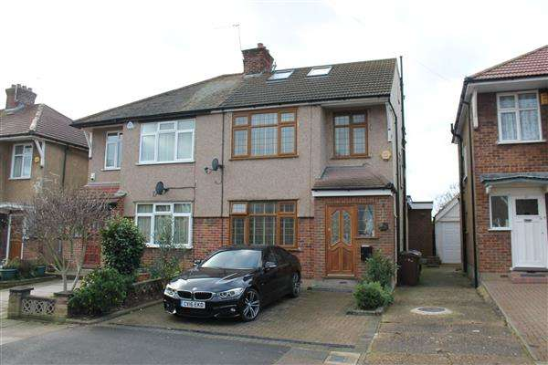4 Bedrooms Semi Detached House for sale in Uppingham Avenue, Stanmore