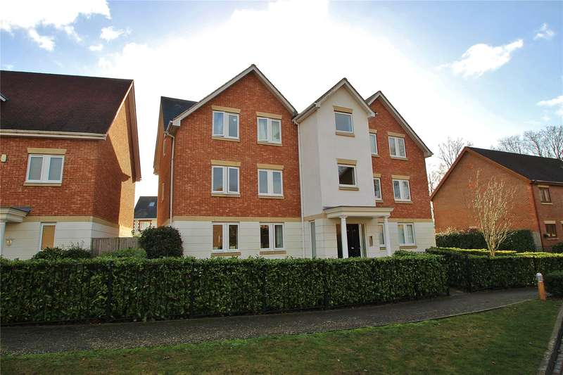 2 Bedrooms Apartment Flat for sale in Lakeside Drive, Chobham, Woking, Surrey, GU24