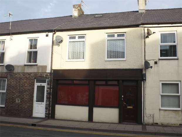 4 Bedrooms Terraced House for sale in Victoria Place, Bethesda, Bangor, Gwynedd