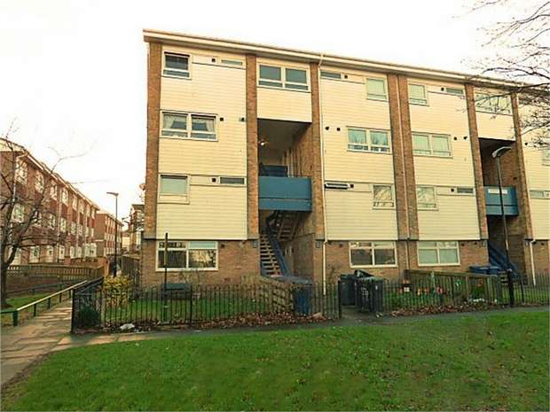2 Bedrooms Maisonette Flat for sale in Anderson Street, South Shields, Tyne and Wear