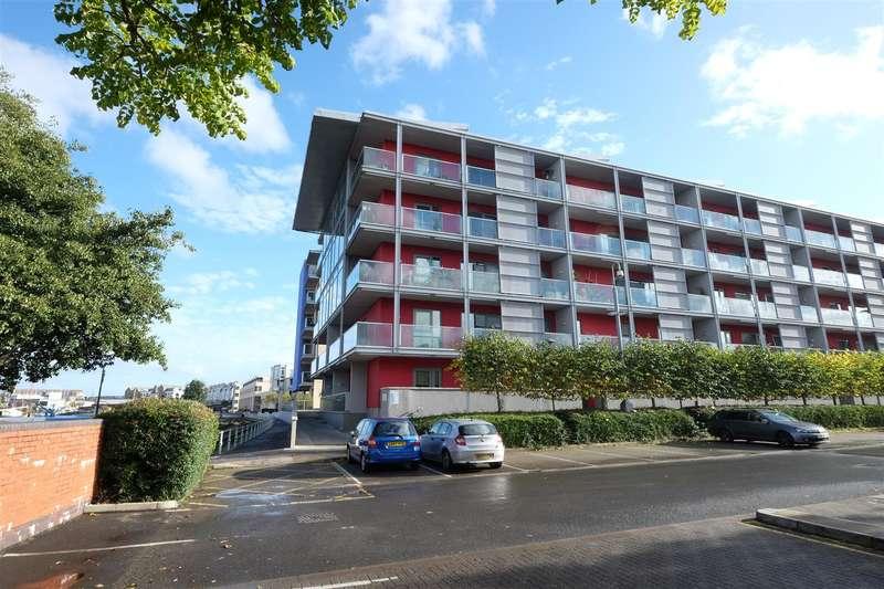 2 Bedrooms Flat for sale in Caledonian Road, Harbourside