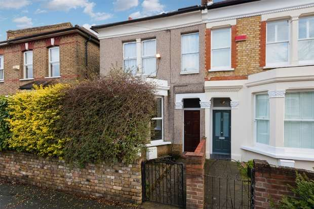 2 Bedrooms Flat for sale in Selsdon Road, West Norwood, London