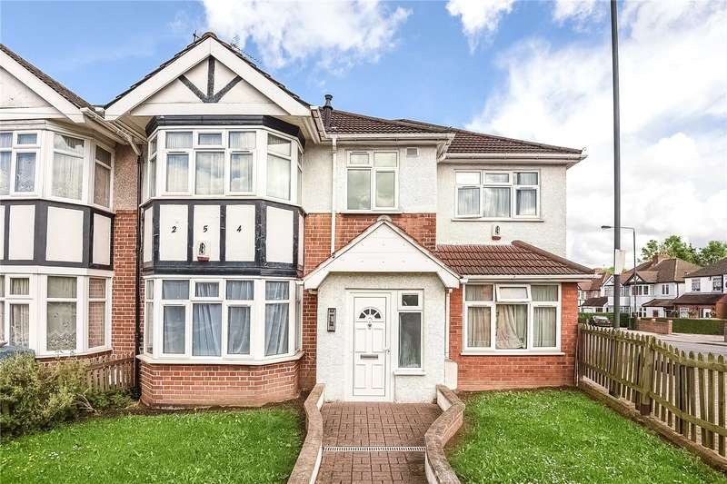 Apartment Flat for sale in Cannon Lane, Pinner, Middlesex, HA5