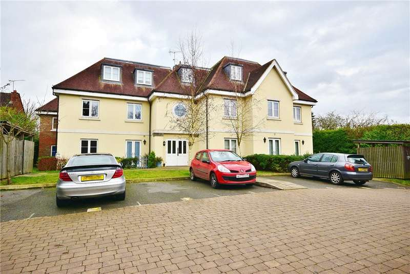 2 Bedrooms Flat for sale in Dunmow Road