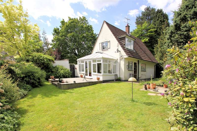 2 Bedrooms Detached House for sale in Pond Road, Woking, Surrey, GU22