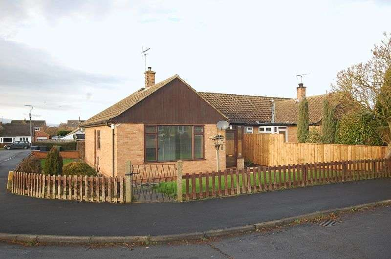 3 Bedrooms Semi Detached Bungalow for sale in Ormesby Crescent, Northallerton