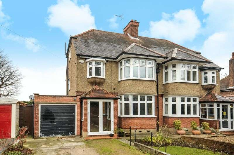 4 Bedrooms Semi Detached House for sale in Leatherhead Road, Ashtead