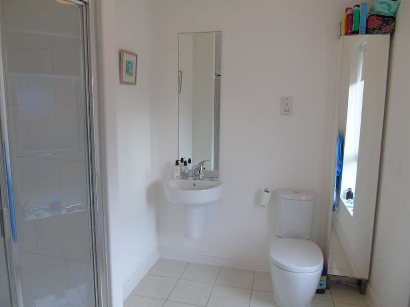 4 Bedrooms Detached House for sale in Bartley Wilson Way, Cardiff