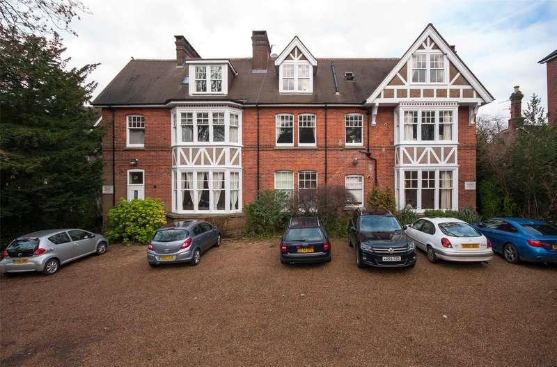 1 Bedroom Flat for sale in Casterbridge, 84-86 Doods Road, Reigate, Surrey, RH2