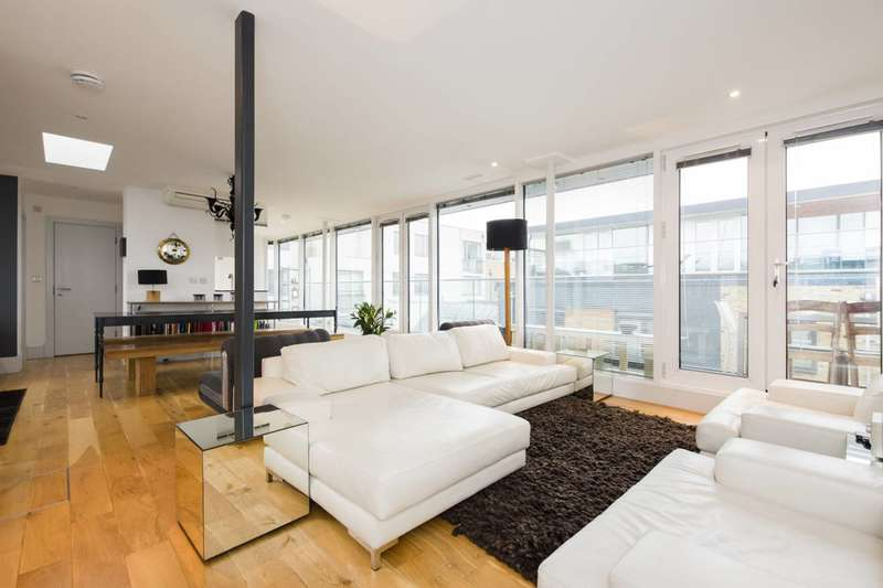 1 Bedroom Flat for sale in Rufford Mews, Islington, N1