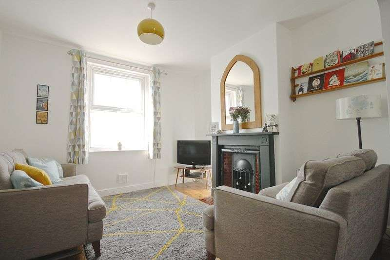 2 Bedrooms Terraced House for sale in Melcombe Place, Weymouth, DT4