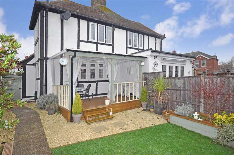 3 Bedrooms Semi Detached House for sale in Fernlea Avenue, Herne Bay, Kent