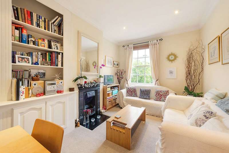 2 Bedrooms Maisonette Flat for sale in Freedom Street, London, SW11