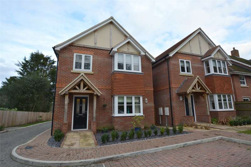 4 Bedrooms Detached House for sale in The Rings, Lymington, Hampshire, SO41