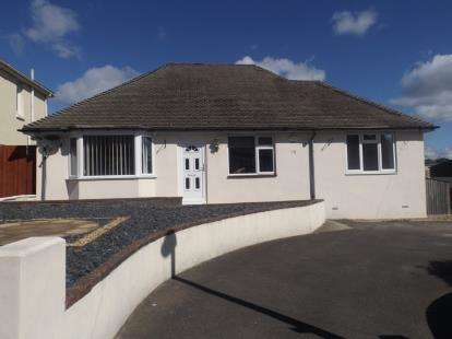 4 Bedrooms Bungalow for sale in Branksome, Poole, Dorset