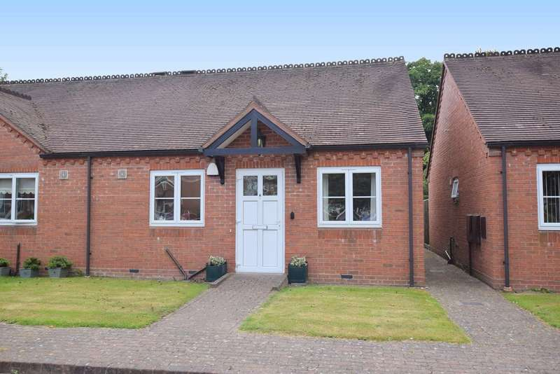 2 Bedrooms Semi Detached Bungalow for sale in Michael Blanning Gardens, Dorridge