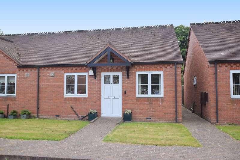 2 Bedrooms Semi Detached Bungalow for sale in Michael Blanning Gardens, Dorridge