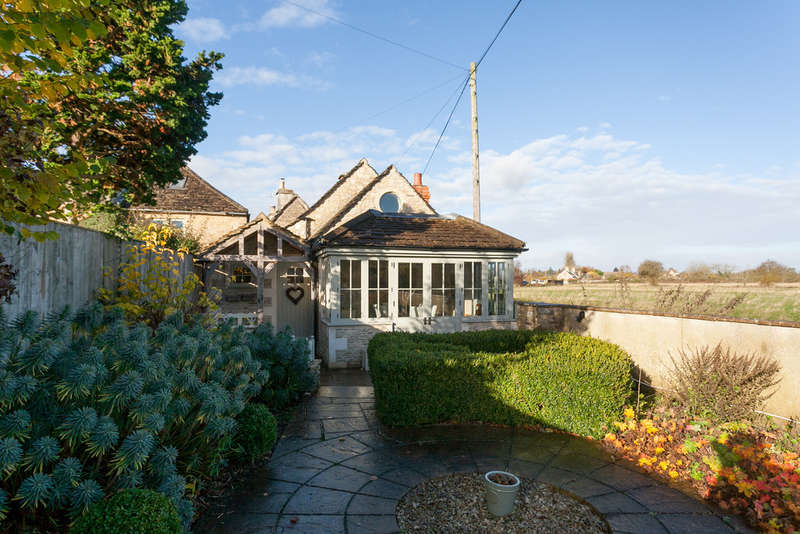 3 Bedrooms Cottage House for sale in The Linleys, Corsham