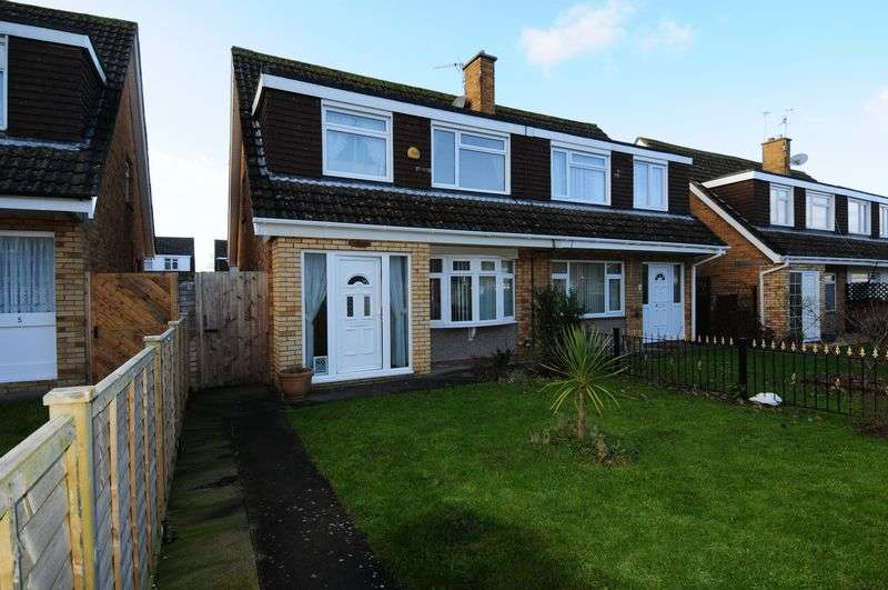 3 Bedrooms Semi Detached House for sale in Sandcroft, Whitchurch, Bristol, BS14