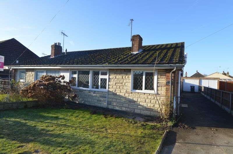 2 Bedrooms Semi Detached Bungalow for sale in Hart Plain Avenue, Waterlooville