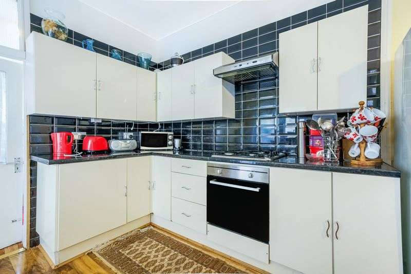 6 Bedrooms Terraced House for sale in Pretoria Road, London