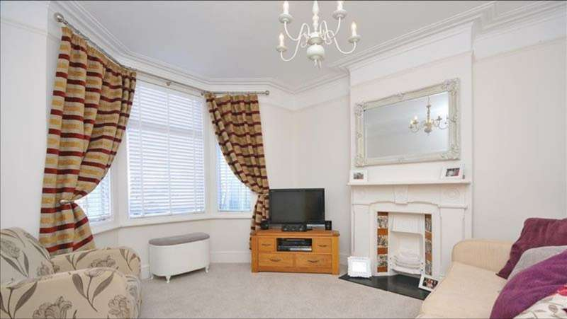 4 Bedrooms End Of Terrace House for sale in Selhurst New Road, London, London, SE25