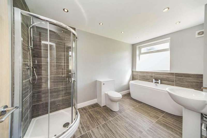 4 Bedrooms Detached Bungalow for sale in High Street, Eston, Middlesbrough, TS6