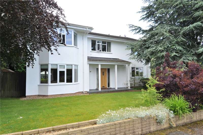 5 Bedrooms Detached House for sale in Widgeons Covert, Thornton Hough, Wirral